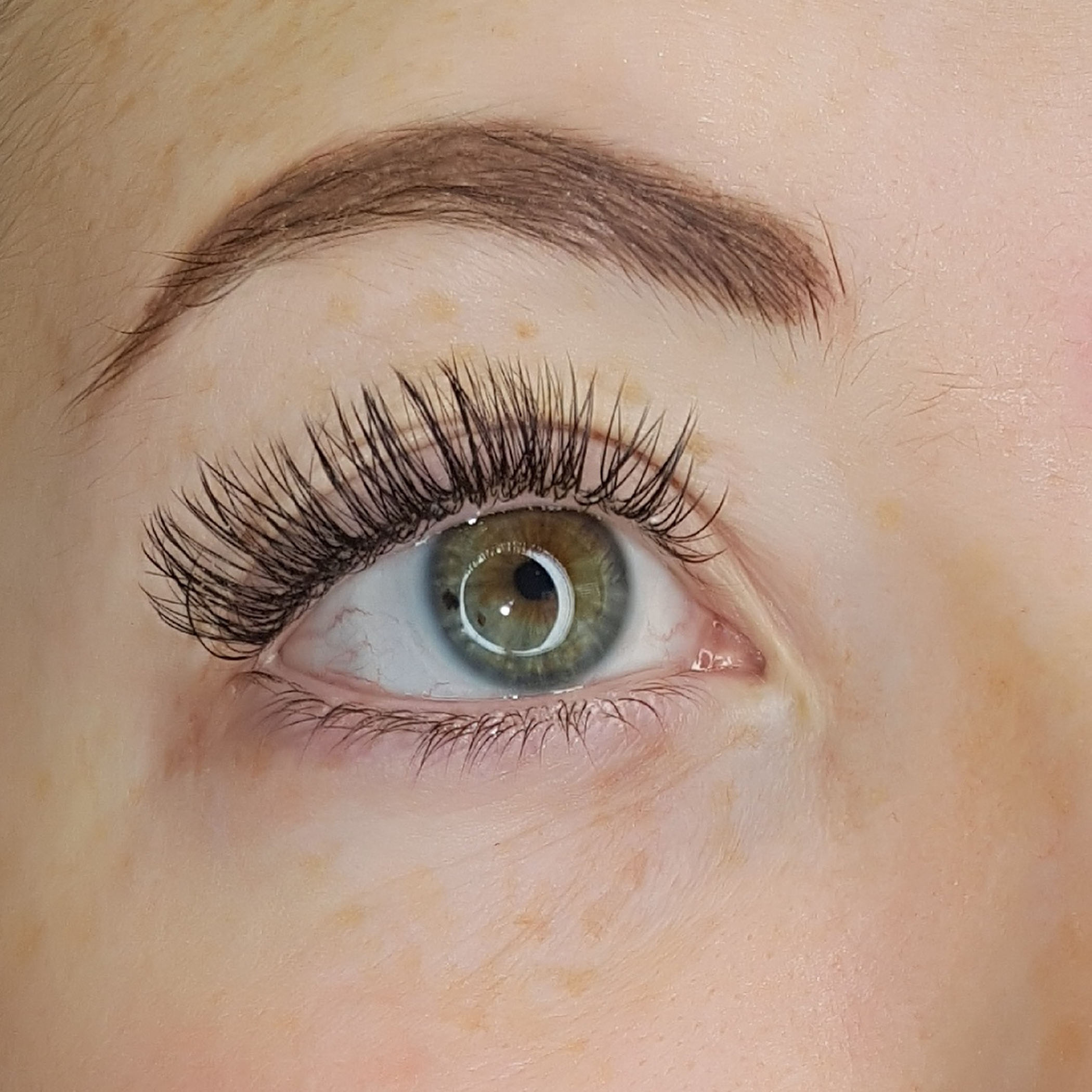 "63a9308236b 95-99% of your natural lash will be lashed in this 2hr time slot. The  perfect ""everyday"" look. – 2h 30m"